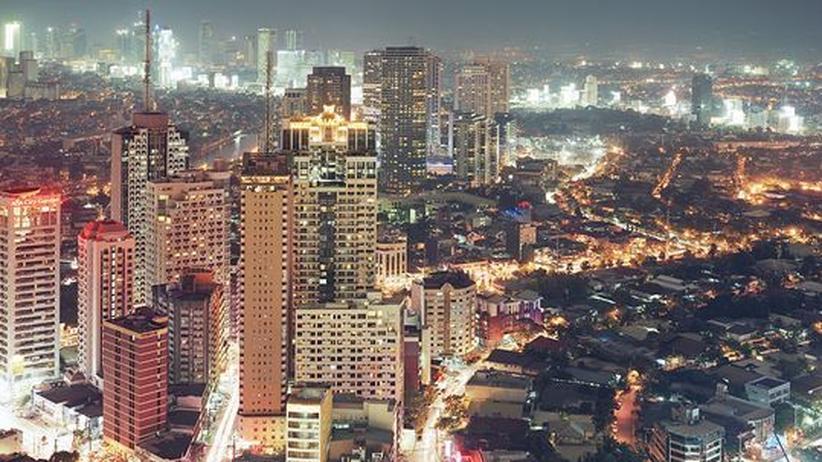 Asiatische Mega-Citys: In weiter Ferne so hoch