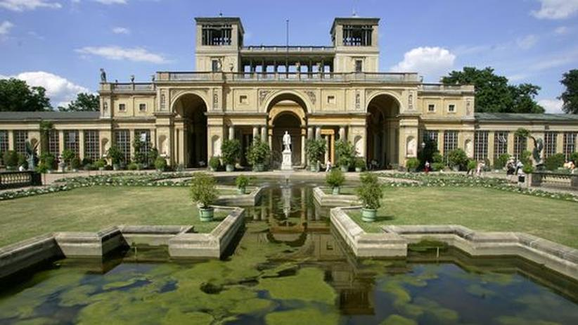 Friedrich der Große: Die Orangerie im Park von Schloss Sanssouci in Potsdam