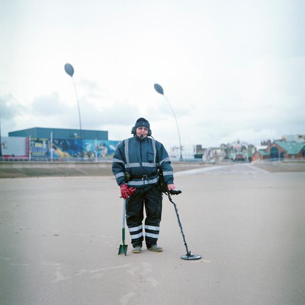 Roy an der Promenade von Blackpool