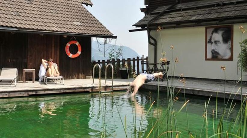 Österreich: Kunst vor der Hütte