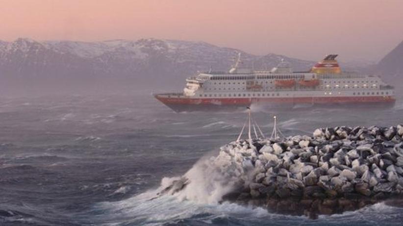 Norwegen: In dunkler Ferne, so hell