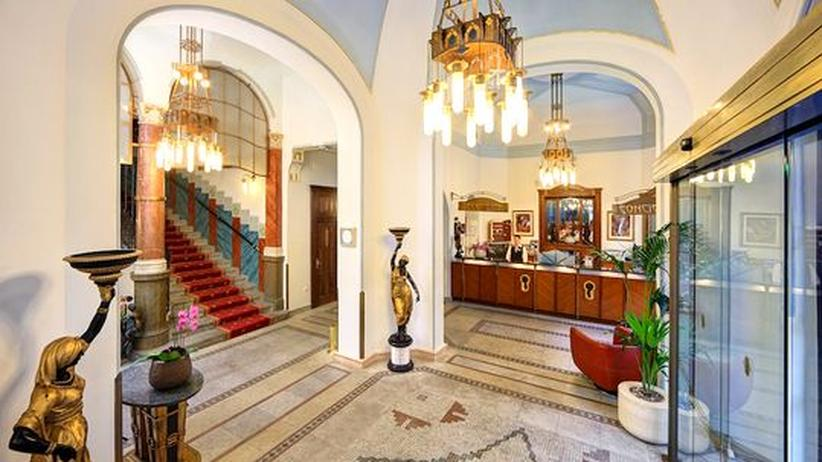 Auch die Innenausstattung des Hotel Paris stammt noch aus dem Eröffnungsjahr 1904.