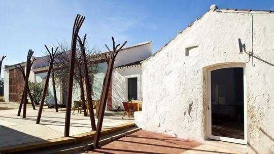 Künstler wohnen kostenlos in der Companhia das Culturas – gegen Abgabe einiger Werke.