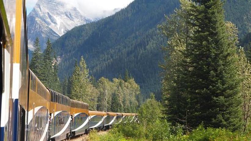 Kanada: Die Landschaft am Rande der Gleise