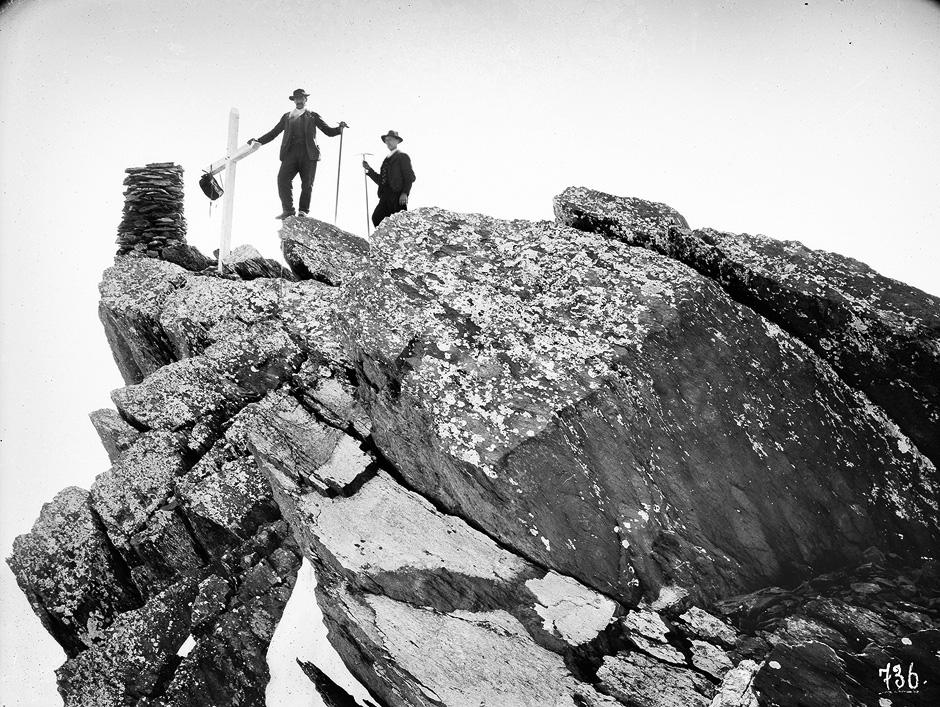 Jules Beck: Höchste Spitze der Dents du Midi mit Signal, 3.275 m ü. M., Val d'Illiez VS, 24. August 1883
