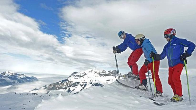 Schweiz : Wie ein Delfin im Schnee