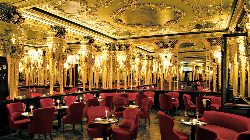 Hotel in London: Spieglein, Spieglein an der Bar
