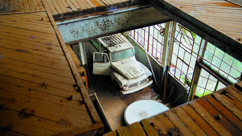Fordlandia: Blick in die Haupthalle der alten Ford-Fabrik