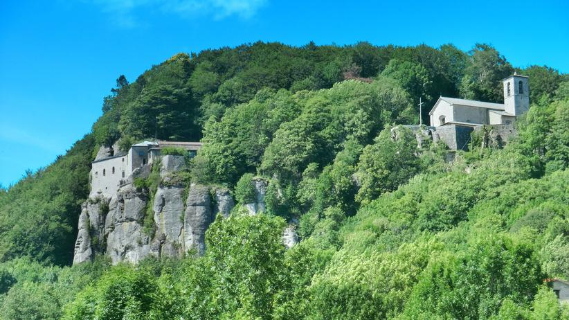 Toskana: Ein verwinkelter Komplex in 1120 Metern Höhe: das Kloster La Verna