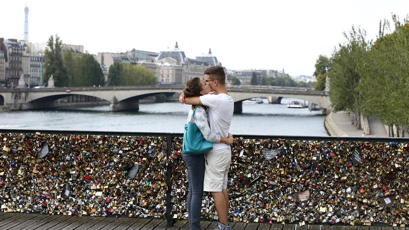 Liebesschlösser: In Paris biegen sich die Brücken unter dem Gewicht der Love Locks