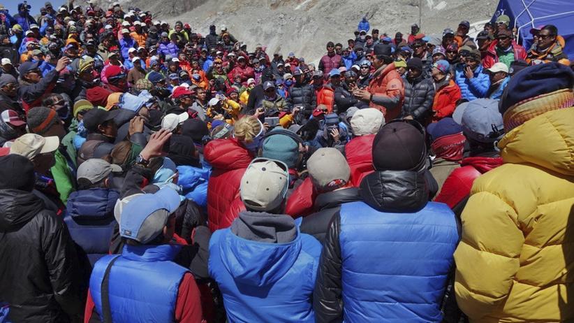 Sherpas: Arbeitskampf am Mount Everest