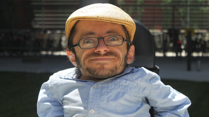 Raul Krauthausen, Aktivist für Barrierefreiheit