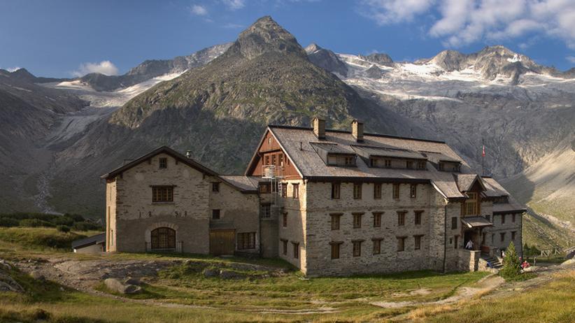 Die 135 Jahre alte Berliner Hütte im Zillertal steht seit 1997 unter Denkmalschutz.