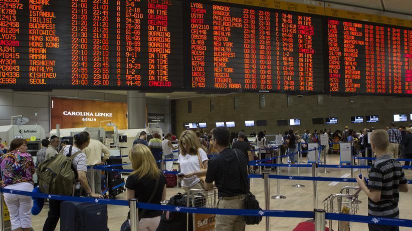 Nahost-Konflikt: Am Ben-Gurion-Flughafen in Tel Aviv kam es zu vielen Flugausfällen.