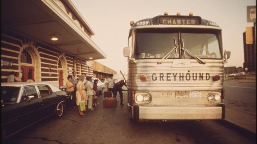 Greyhound: Das rollende Versprechen
