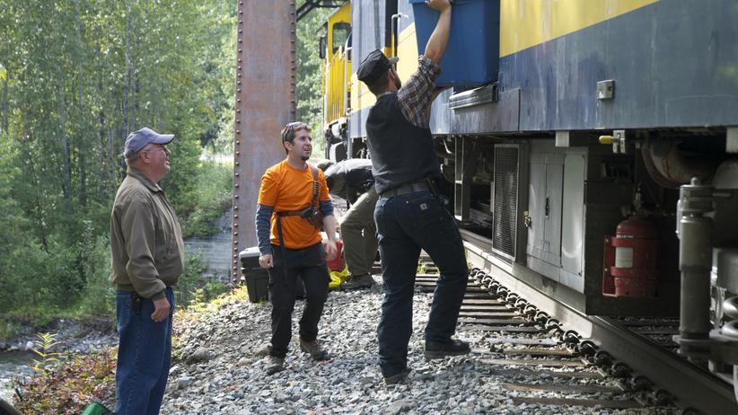Alaska: Es hält ein Zug im Nirgendwo