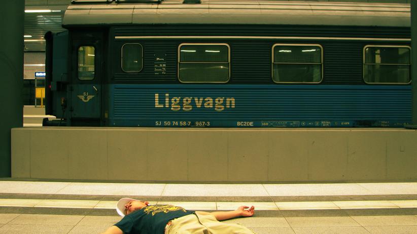 Reisen, Nachtzug, Paris, Berlin, Deutsche Bahn, Familienurlaub, Frankreich, Bahn, Baby, Cola, Schlaf