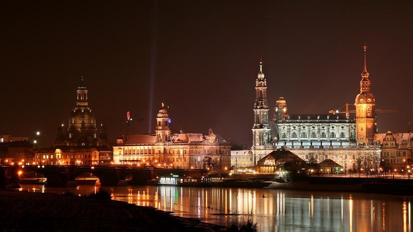 Reisen, Dresden, Stadt, Dresden, Reise, Tourismus, Demonstration, Einzelhandel, Geschäftsführer