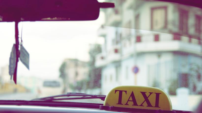 Kuba: Reisen, Kuba, Taxi, Sozialismus, Fidel Castro, Kuba, Peugeot, Chevrolet, US-Dollar, USA, Kanada, Havanna