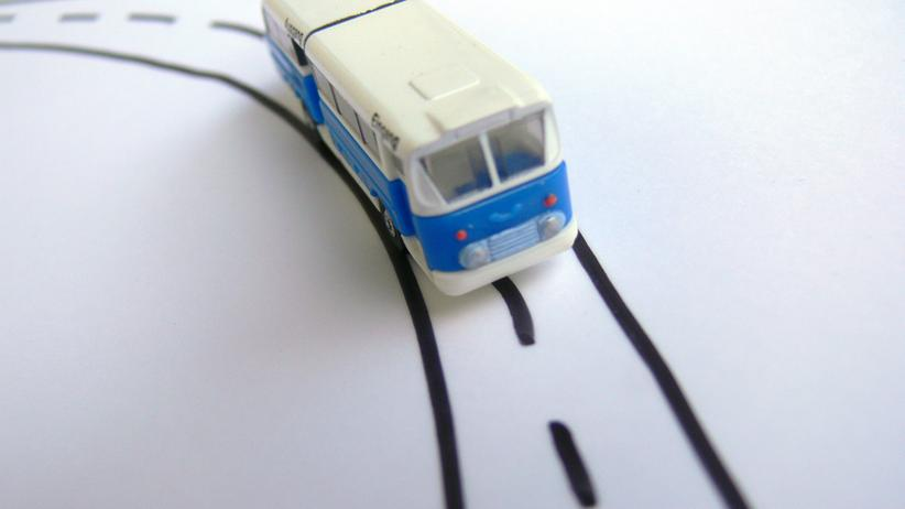 Fernbusse: Reisen, Fernbusse, Fernbusverkehr, Bahn, Bus, ICE, Berlin, Hamburg