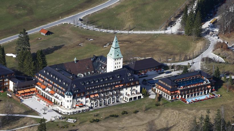 Schloss Elmau: An die Luft gesetzt