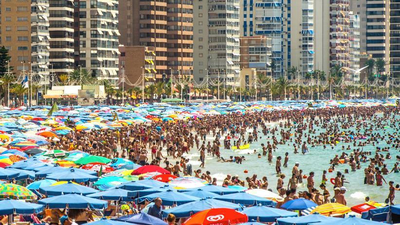 Reisen, Benidorm, Ferienhaus, Freizeitpark, Hotel, Spanien, Costa Blanca, Valencia, Tourismus, Bali, Bikini, Greenpeace