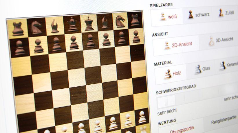 Brettspiel: Schach spielen
