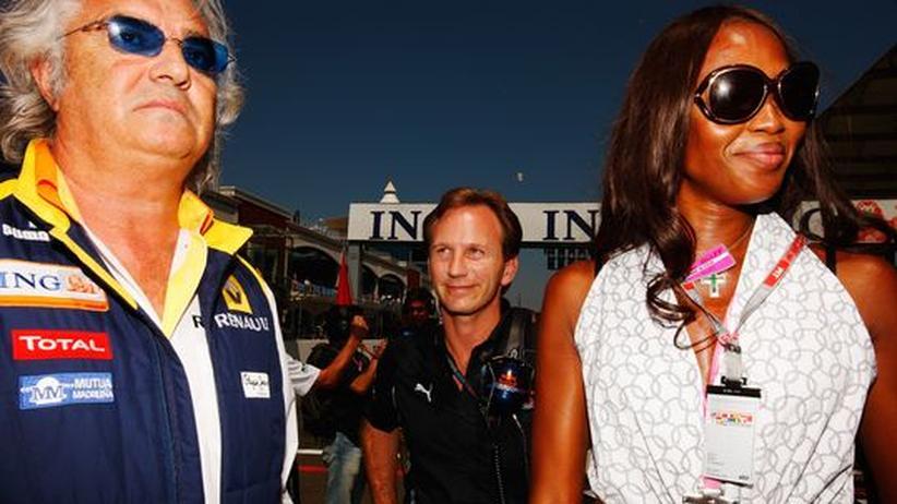 Wo er war, waren die schönen Frauen nicht weit. Der ehmalige Reanault-Teamchef Flavio Briatore und Naomi Campbell beim Formel 1 Grand Prix in Istanbul im Juni 2009