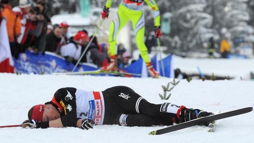 Am Boden: Die Siegerin der Tour de Ski, Justyna Kowalczyk