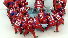 Das russische Eishockeyteam schwört sich ein