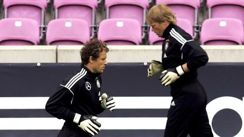 Gladiatoren mit Amokschalk im Nacken: Jens Lehmann (links) neben Oliver Kahn