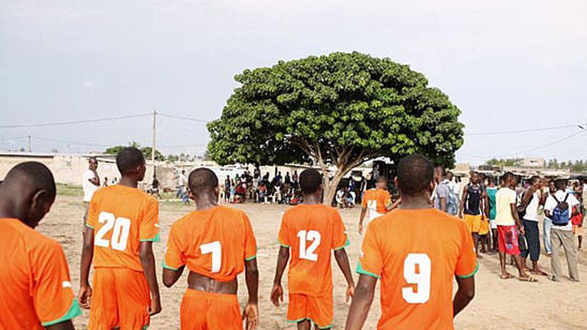 Elfenbeinküste: Drogba, der Hoffnungsträger