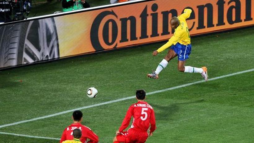 Wm 2010 Brasilien Mit Mühe Gegen Nordkorea Zeit Online