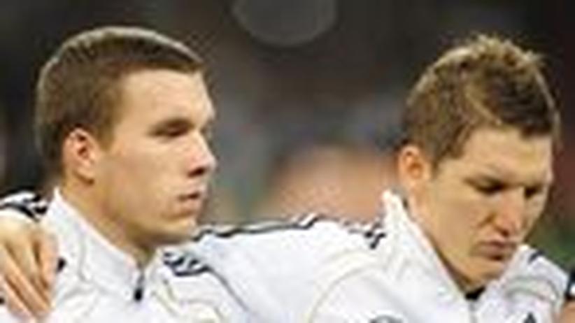 Podolski und Schweinsteiger: Getrennte Wege, gemeinsames Ziel
