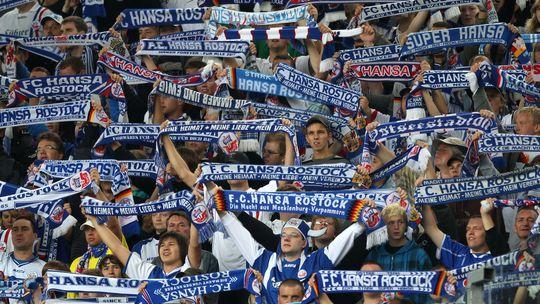 Fans des FC Hansa Rostock während des Spiels gegen Koblenz