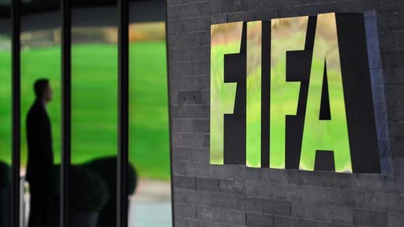 WM-Vergabe: Fifa sperrt sechs Funktionäre wegen Manipulationsvorwürfen