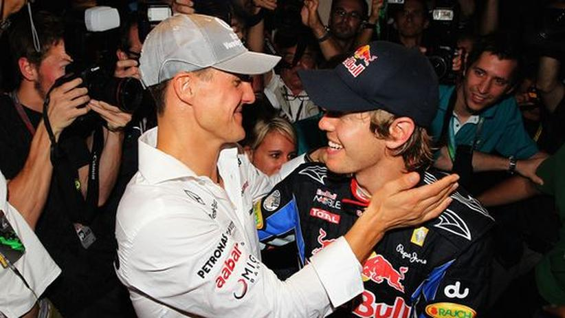 Weltmeister Vettel: Vorbild und Nachfolger? Michael Schumacher gratuliert Sebastian Vettel zum WM-Titel