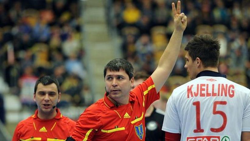 Handball: Schiedsrichter, Telefon!