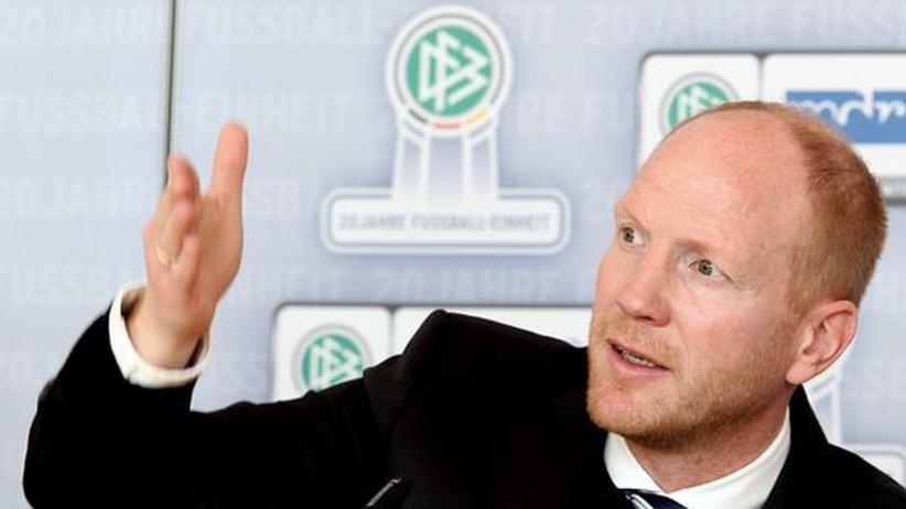 Fussball: Sammer sagt dem HSV ab