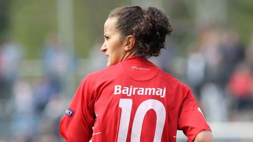 Gefragt: Lira Bajramaj im Trikot ihres alten Vereins Turbine Potsdam