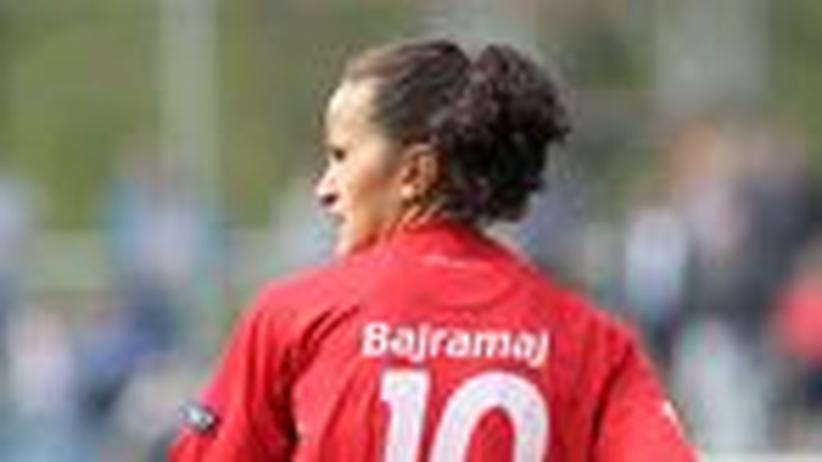 Lira Bajramaj: Der Frauenfußball wird erwachsen