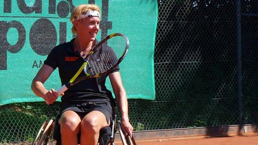 """Tennisspielerin Ellerbrock: """"Nach einem Turnier sind die Reifen durch"""""""
