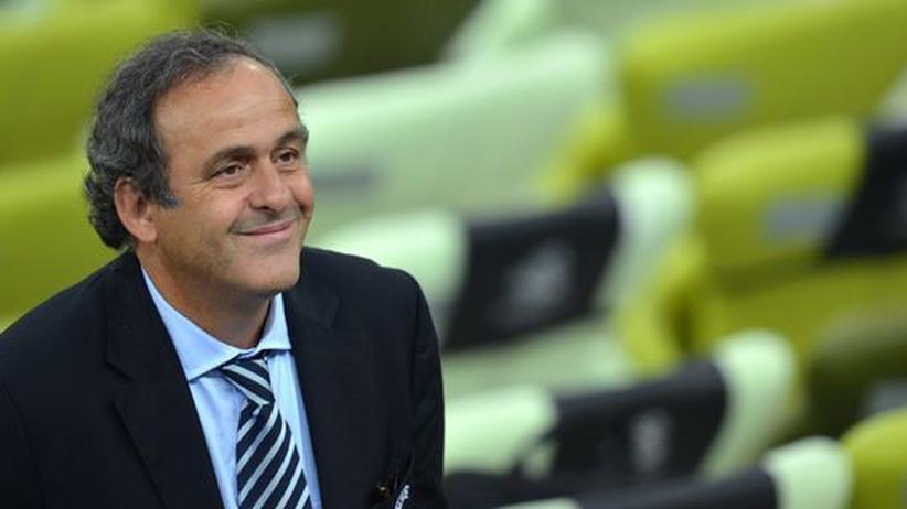 Austragungsorte: Platini erwägt europaweite Fußball-EM