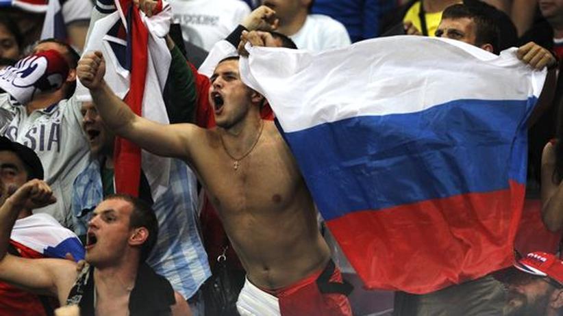 Fußball-EM: Uefa bestraft russischen Fußballverband