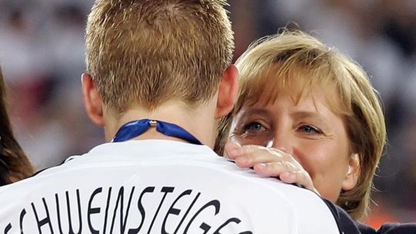 Liebesbrief: Lieber Basti, in Deutschland bin ich der Schiedsrichter