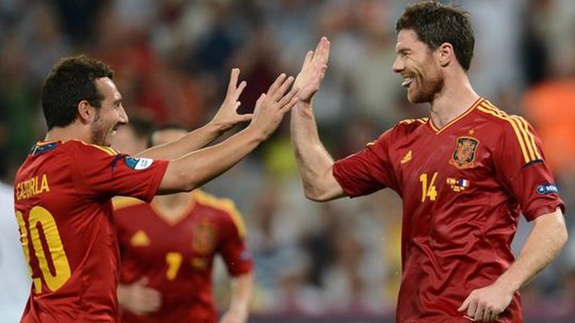 Fußball-EM: Spanien zieht ins Halbfinale ein