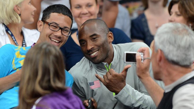 Olympia: Kobe Bryant und Herr Mayr von der Schützengilde Welzheim