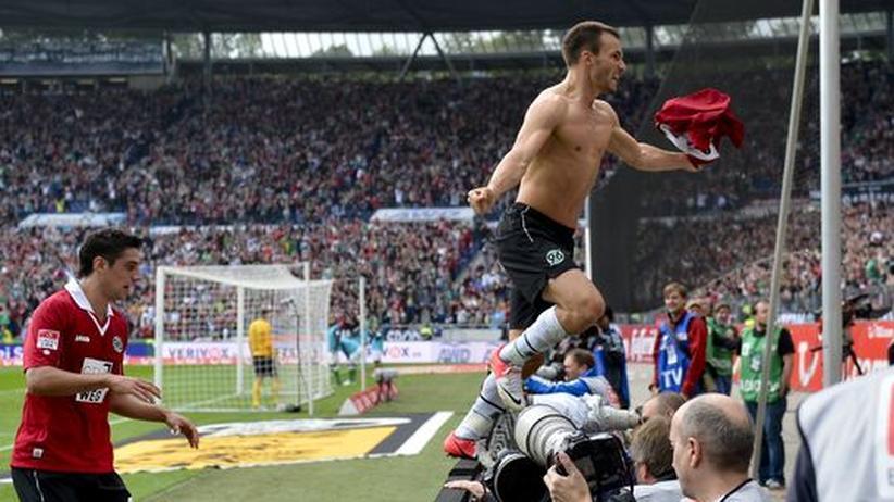 Bundesliga-Rückschau: Von der Absurdität, Jubel zu bestrafen