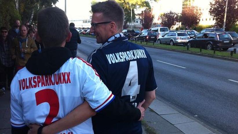 Bundesliga: Jens und Thorsten von den Volksparkjunxx