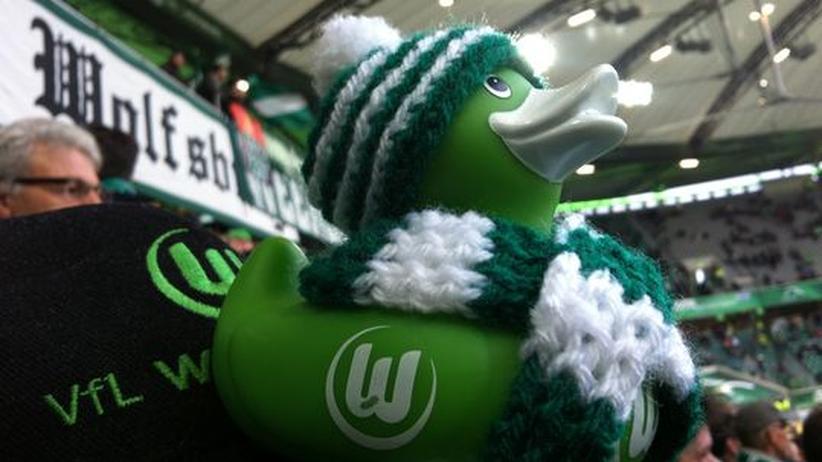 Wolfsburg-Fans: Auf ein Weizenbier mit den Radkappen